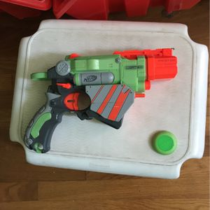 Nerf gun pistol with disks, perfect condition for Sale in Huntington Beach, CA