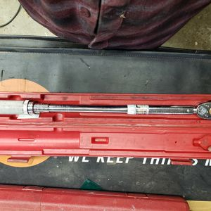 Snap on torque wrench 1/2 Inch for Sale in Hayward, CA