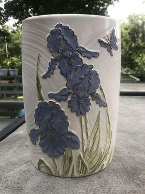 Glass flower vase for Sale in Fenton, MO