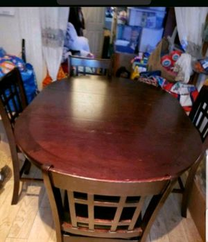 MOVING SALE - BEAUTIFUL Kitchen Dining Counter Height 4 chairs, table, under storage for Sale in Bear Creek Village, PA