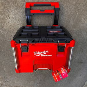 "New Milwaukee 22"" PACKOUT Rolling Tool Box for Sale in Modesto, CA"
