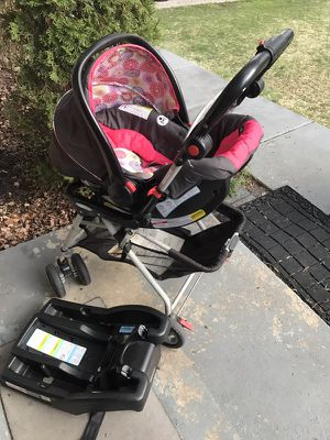 Car seat/ snap n go for Sale in Hyattsville, MD