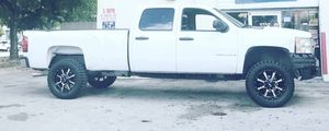 Chevy truck lift kit and parts for Sale in Miami, FL