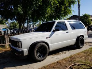 1985 Chevy s10 blazer for Sale in Fullerton, CA