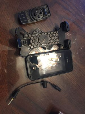 Like new life proof I phone 5 case and holster for Sale in Atlanta, GA
