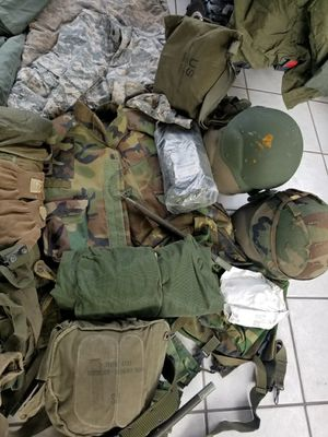 Lot of army gear for Sale in Tampa, FL