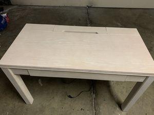 Computer Desk for Sale in San Jose, CA