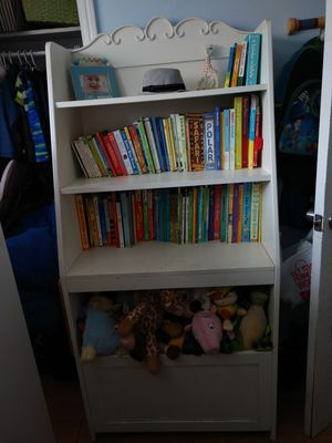 """solid wood white bookcase with toy storage 30"""" wide and 19"""" wide at base for Sale in Denver, CO"""