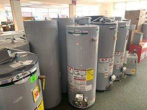 WATER HEATERS 40 AND 50 gallons (sizes and price vary) 0KK for Sale in Redondo Beach, CA