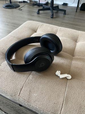 Beats Studio 3.0 Wireless Headphones for Sale in Seattle, WA