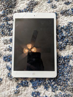 iPad mini 1 gen for Sale in Rancho Cucamonga, CA