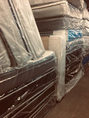ON SALE! Serta Beauty Rest Sealy Mattress First Come First Serve King #877 for Sale in Columbus, OH