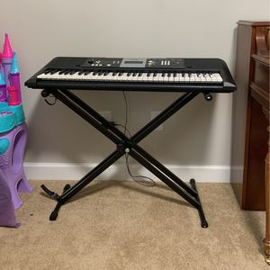 Yamaha Piano Keyboard with Stand for Sale in Cumming, GA