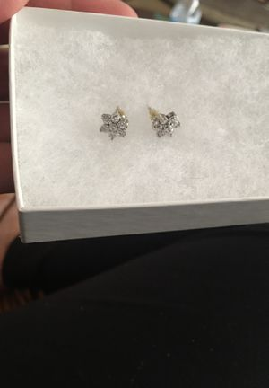 Real Diamond and Sterling Snowflake Earrings Never Worn for Sale in Everett, WA