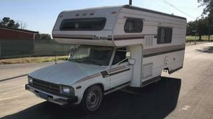 Toyota dolphin 1982 RV motor home for Sale in Fresno, CA