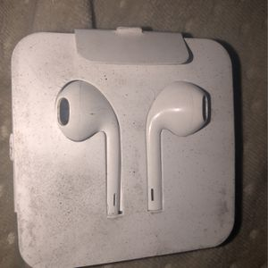 apple iphone 7 and up headphones for Sale in Pompano Beach, FL