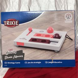 Trixie Cat Activity Brain Mover for Sale in Davenport,  FL
