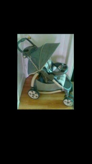 Baby and toddler stroller for Sale in San Leandro, CA