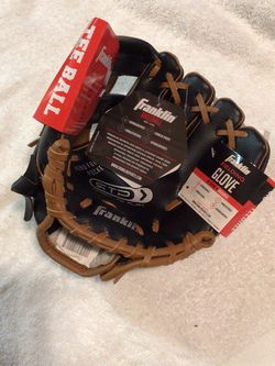 T-ball glove left hand 8 1/2 inches new with tags for Sale in San Jose,  CA