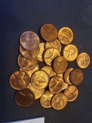 Wheat Pennies 1950's mixed 25pcs Unc + bonus coin for Sale in Hialeah, FL