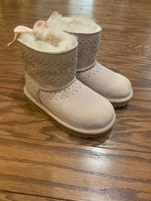 Girls Size 10 Pink Ugg Boots for Sale in Canton, GA