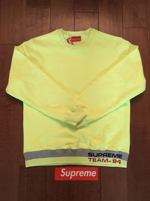 Supreme Crewneck Bright Yellow Size Small for Sale in Irwindale, CA
