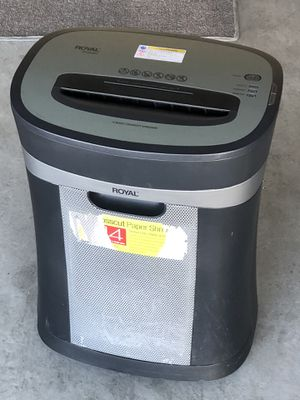 Royal 14 sheet cross cut paper shredder for Sale in Albuquerque, NM