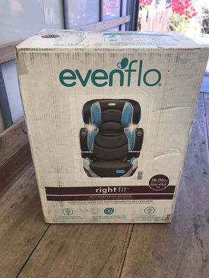 Evenflo Rightfit Booster seat for Sale in Highland, CA
