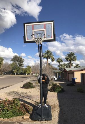 Basket ball hoop for Sale in Tempe, AZ