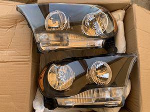 11-13 Dodge Durango Headlights SMOKE for Sale in Los Angeles, CA