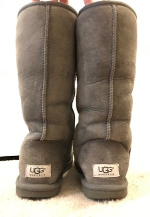 Authentic UGG Tall Adult Snow Boots (size 6) for Sale in Upper Gwynedd, PA