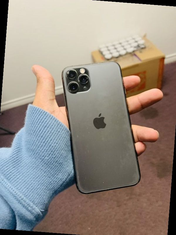 iPhone 11 Pro 64gb T mobile and metro (chip camera) AK E