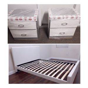 New queen bed frame and nightstands mattress is not included for Sale in Lake Worth, FL