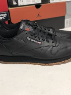 Reebok Classic Leather - Men's for Sale in Haw River,  NC