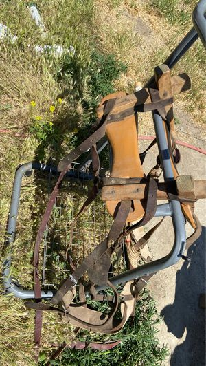 Saw back full saddle tree for Sale in Benton City, WA
