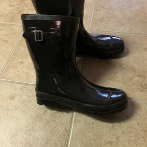 Rain Boots - Women's Size 12 for Sale in Fairburn, GA