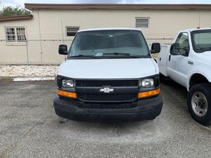 Chevy express 2500 for Sale in Fort Lauderdale, FL