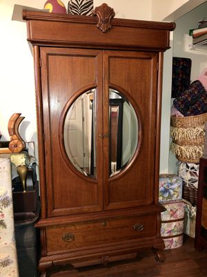 Beautiful tiger oak armoire cabinet Antique for Sale in Palm Harbor, FL