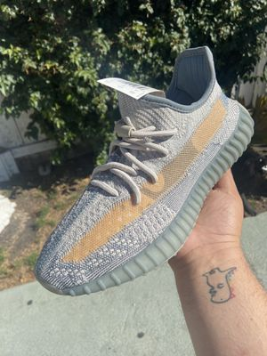 Adidas Yeezy Boost 350 V2 for Sale in Richmond, CA