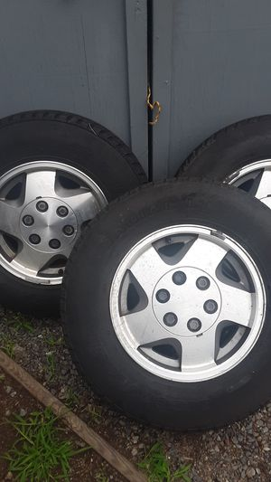 Rims for gmc/Chevy 2002 R 16 for Sale in Lynn, MA