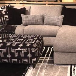 NEW,L SHAPPED RAF CORNER CHAISE MEDIUM SIZE SECTIONAL. for Sale in Santa Ana,  CA