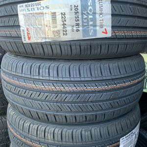 205/55/16 New Kumho Tires for Sale in South Gate, CA