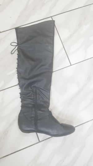 $$10 thigh high boots size 9 ,used good condition for Sale in Philadelphia, PA