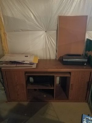 Office setup, credenza, four filing cabinets, heavy beveled glass desk top for Sale in UPR MARLBORO, MD