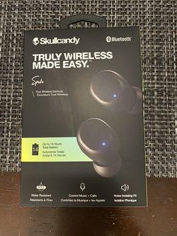 Skullcandy earphone for Sale in Long Beach,  CA