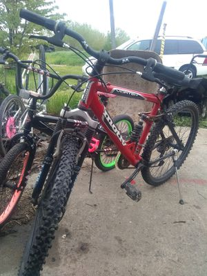 "Motiv Vortex 26"" mountain bike,full suspension,stored indoors,expensive bike new. for Sale in Roseville, MI"