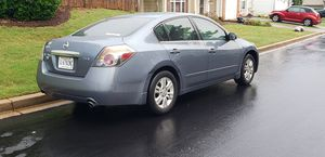 Gas saver 2011 Altima clean title clean car for Sale in Greer, SC