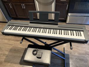 Yamaha P71 88 keys keybord weighted (including stand, pedal, chair, power adapter) for Sale in Ithaca, NY