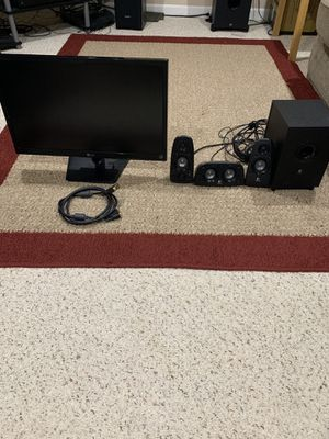 24 inch Computer monitor and speakers! $100 for Sale in Florissant, MO