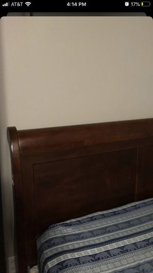 Twin bed w/ mattress for Sale in Portland, OR